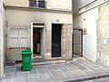 P1270257 Paris IV rue Hotel-de-Ville N103 passage rwk.jpg