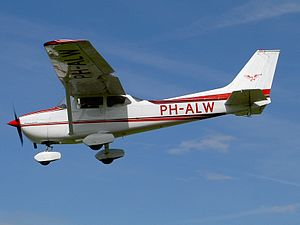 PH-ALW Special Air Services B.V.V.JPG