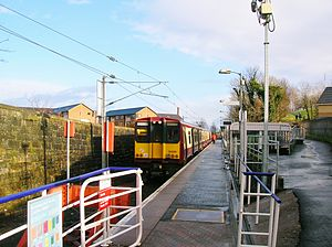 Paisley Canal railway station - Feb 2013.JPG