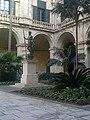 Palace Gardens - panoramio.jpg