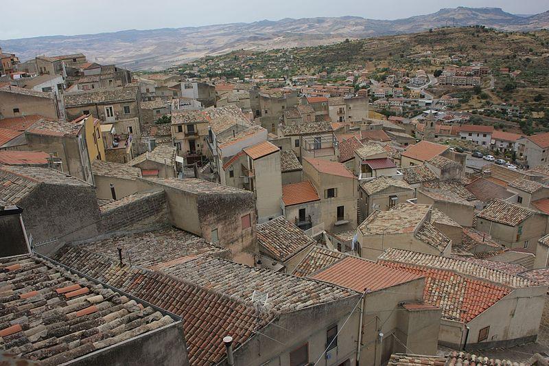 File:Panorama di Assoro.jpg