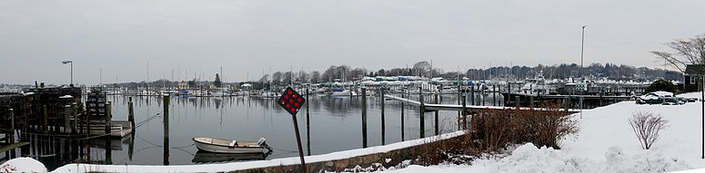 Marina in Noank during winter