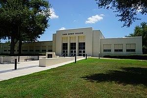 Paris, Texas - Paris Junior College's Louis B. Williams Administration Building in July 2015