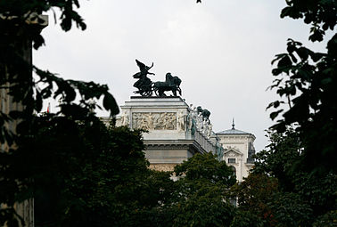 Parlamentsgebäude Wien, Detail 2008.jpg