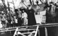 Patrijarh Gavrilo Dožić, Episkop Nikolaj Velimirović, vojvoda Momčilo Đujić, Dimitrije Ljotić i drugi u Sloveniji 1945. godine.png