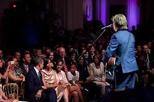 "Michelle (song) - McCartney singing ""Michelle"" to Michelle Obama"