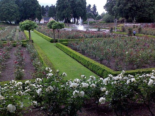 File peninsula park portland wikipedia for Garden statues portland oregon