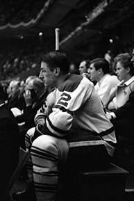 Stemkowski im Trikot der Maple Leafs, Madison Square Garden, 1965