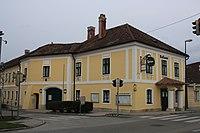 Pfaffstaetten Rathaus.jpg