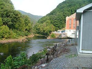 Pigeon River (Tennessee – North Carolina) - The confluence of the Pigeon River and Big Creek in Waterville, North Carolina. The power plant is in the background.