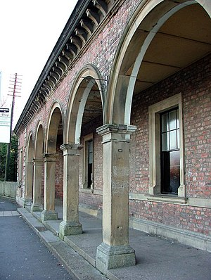 York–Beverley line - Entrance arcade at Pocklington station (2007)