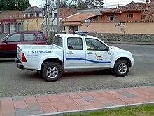 Camioneta Chevrolet Luv D-Max con los nuevos colores de la policía.
