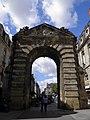Porte Dijeaux (Bordeaux).jpg