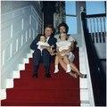 President Kennedy and family. President Kennedy, Mrs. Kennedy, John F. Kennedy, Jr., Caroline Kennedy. Newport, RI... - NARA - 194202.tif