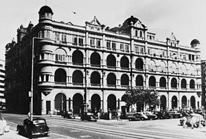 Prince's Building - Original Prince's Building c. 1945, built 1904 and demolished 1963