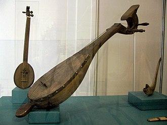 Qanbūs - A qanbūs lute in the Kunsthistorisches Museum in Vienna