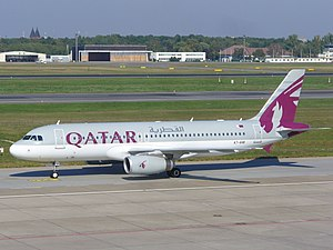 Qatar Airways A320-232 (A7-AHB) at Berlin Tegel Airport.jpg