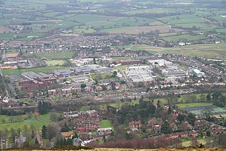 Qinetiq at the Malvern Hills Science Park, or Malvern Technology Centre; the integrated circuit was invented here in 1952 Qinetiq, Malvern - geograph.org.uk - 728922.jpg