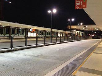 Northern Busway, Brisbane - RBWH busway station roadway