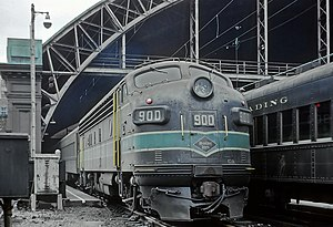 Crusader (train) - The Crusader at Reading Terminal in 1968, shortly before the train began operating with Rail Diesel Cars