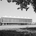 Rehovot Weizmann Institute gebouw waarin ondergebracht de bibliotheek van het , Bestanddeelnr 255-3905.jpg
