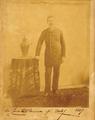 Retrato do Conde de São Mamede (1889) - Rei D. Carlos.png