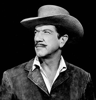 "Have Gun – Will Travel - Richard Boone in the episode ""Genesis"" (1962), before becoming the famed ""knight without armor"", Paladin"