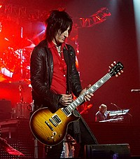 Richard Fortus GunsNRoses