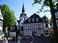Rietberg Kirche St. Joh.Bapt.+Hist.Rathaus.jpg