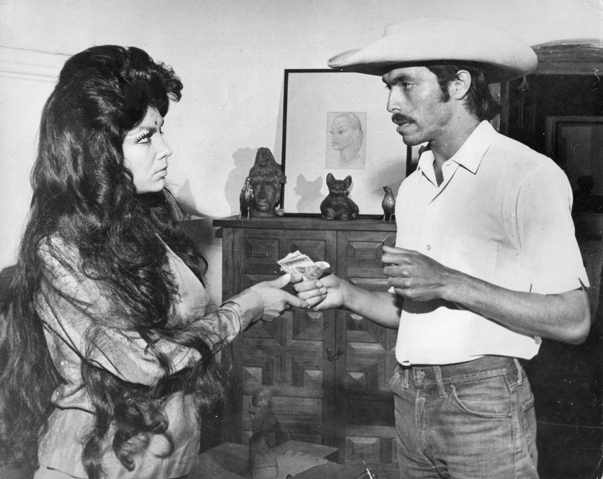 La Actriz Mexicana >> Irma Serrano - Wikipedia, la enciclopedia libre