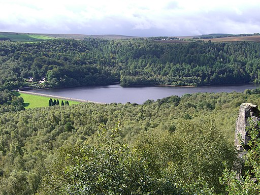 Rivelin Dams from Rivelin Rocks 45