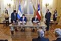 Roberto Ampuero y Jorge Faurie 02.jpg