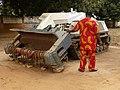 Robot démineur Ouidah.jpg