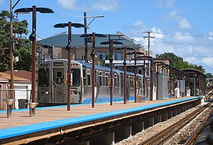 Rockwell station (CTA) - Image: Rockwell CTA 060820