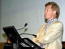 Roger Scruton, September 2002.jpg