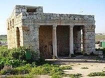 Roman Mausoleum in Mazor, Israel.jpg