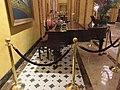 Roosevelt Hotel Lobby New Orleans May 2017 05.jpg