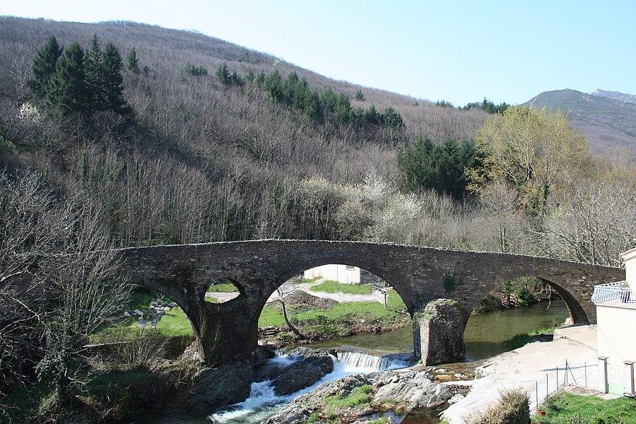 Rosis (Hérault) - ancien pont d'Andabre sur la Mare (XVIIIe s).