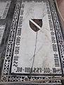 S. croce, tomba sul pavimento 99.03 bardi cursi buonamici.JPG