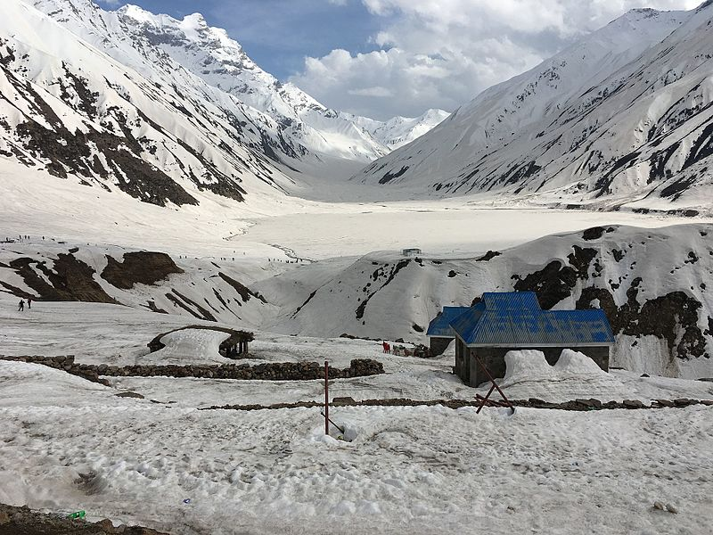 Saif-ul-malook naran valley.jpg