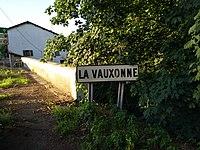 Saint-Georges-de-Reneins - Panneau passage de la Vauxonne (juin 2018).jpg