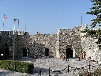 Caramanico Terme - the Salle castle