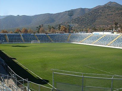How to get to Estadio San Carlos De Apoquindo with public transit - About the place