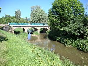 Dheune - Bridge over the Dheune at Santenay, Côte-d'Or