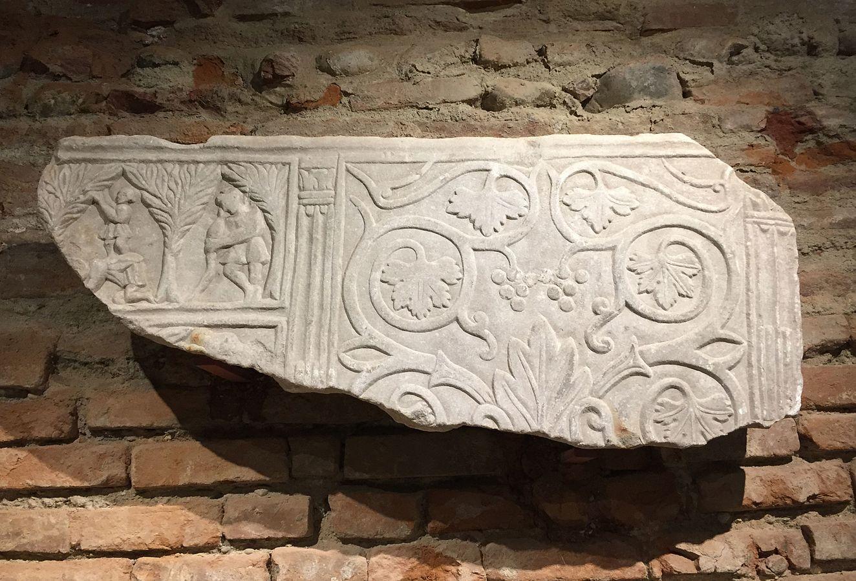 Sarcophage dit de la cueillette des olives (Ra 764 c)
