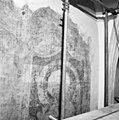 Schildering noord wand gedurende restauratie met reinigingsproeven. - Aalten - 20003583 - RCE.jpg