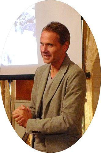Michael Schindhelm - Schindhelm reading Dubai Speed