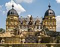 Schloss Seehof mit Kaskaden.jpg