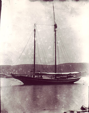 Stephen Taber (schooner) - Stephen Taber anchored off Long Island c. 1900