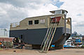 Schubboot auf einer Maasbrachter Werft II.jpg